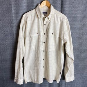 Patagonia Mens Vented Fishing Shirt Button Front